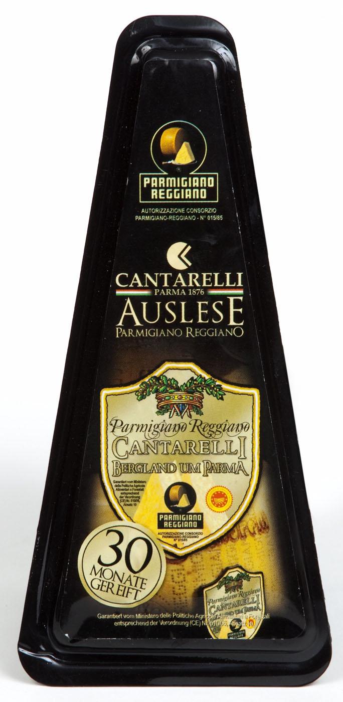 Parmigiano Reggiano Montagna di Parma 30 mesi 200 g Cantarelli Parmesankäse 30 Monate gereift  ( Kühlartikel)